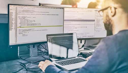 El desarrollador en su lugar de trabajo